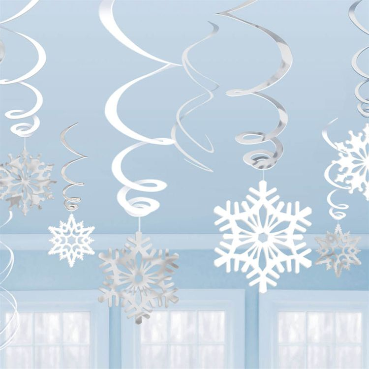 Celebrate Your Little One\u0027s First Birthday with a Winter One